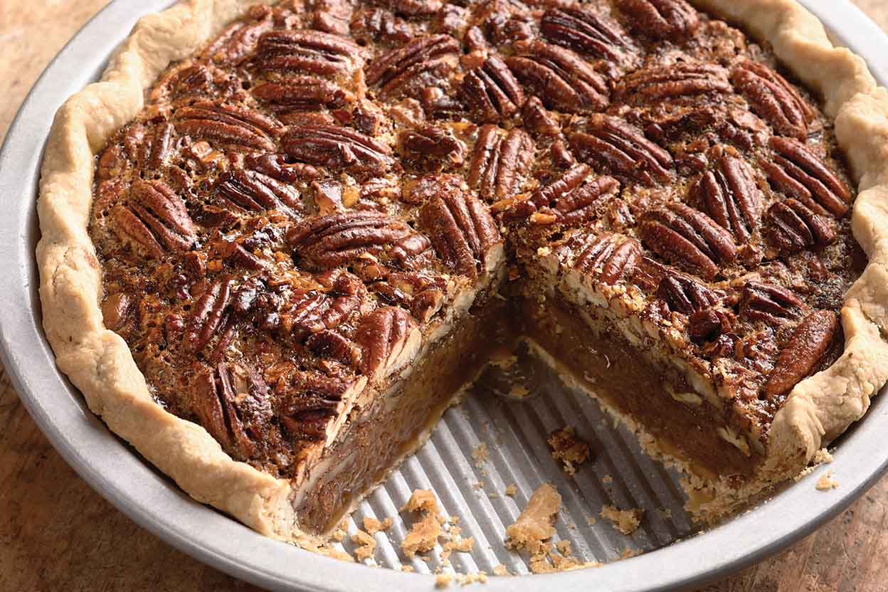 a recipe for making a pecan pie Since kentucky is the bourbon capital of the world and distilleries are scattered throughout the south, (jack daniels makes their home in lynchburg, tennessee), we are rife with options—for drinking, sure, but also for adding to our recipes, like this chocolate-bourbon pecan pie recipe.