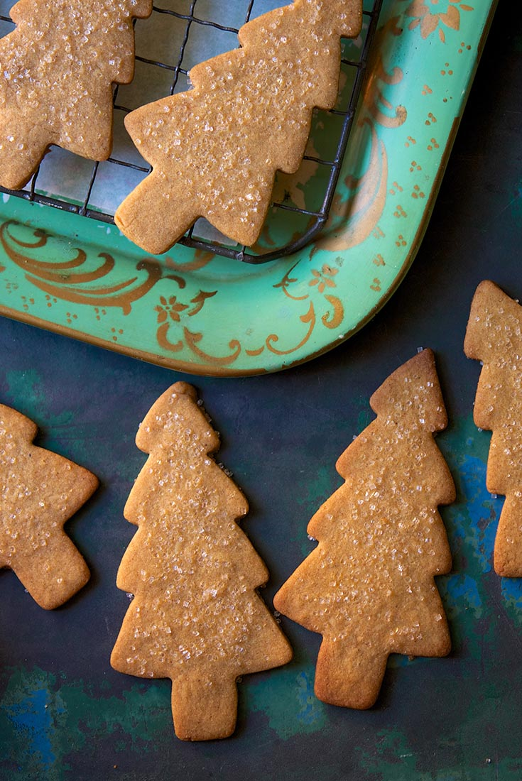 Light Spice Holiday Cookies Recipe