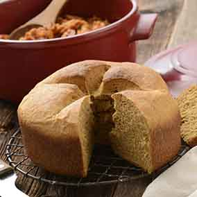 New England Anadama Bread