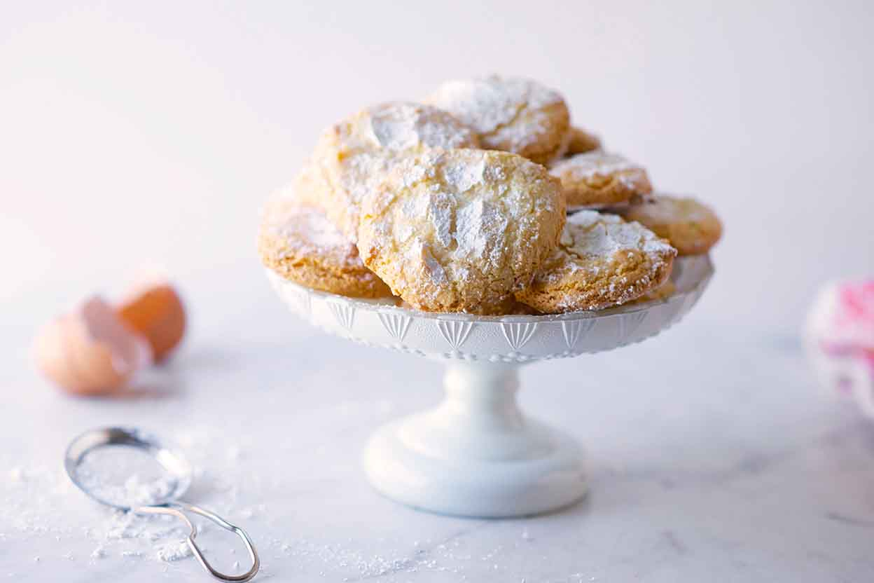 Almond Cloud Cookies Recipe | King Arthur Flour