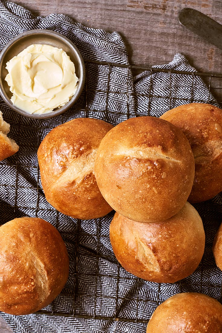 Crusty European-Style Hard Rolls Recipe