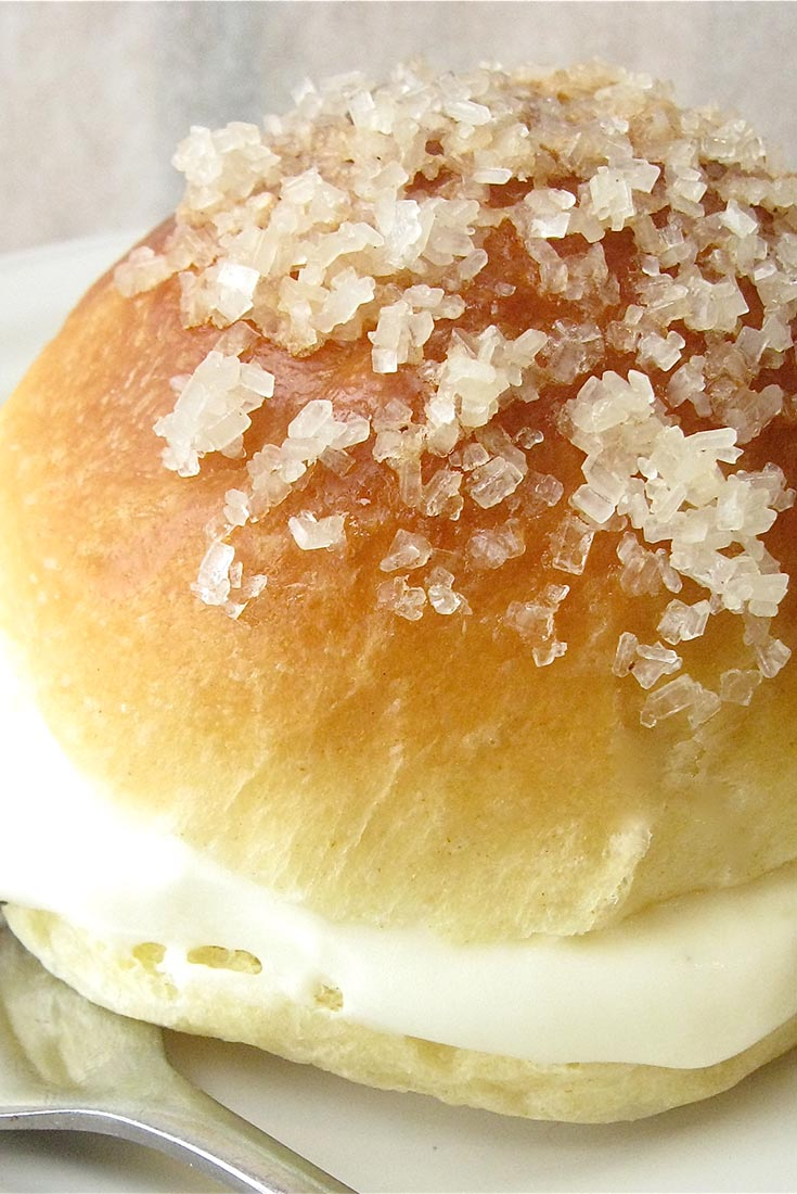 Vanilla Cream-Filled Brioche Recipe