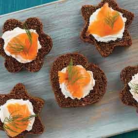 Canapé Pumpernickel Bread