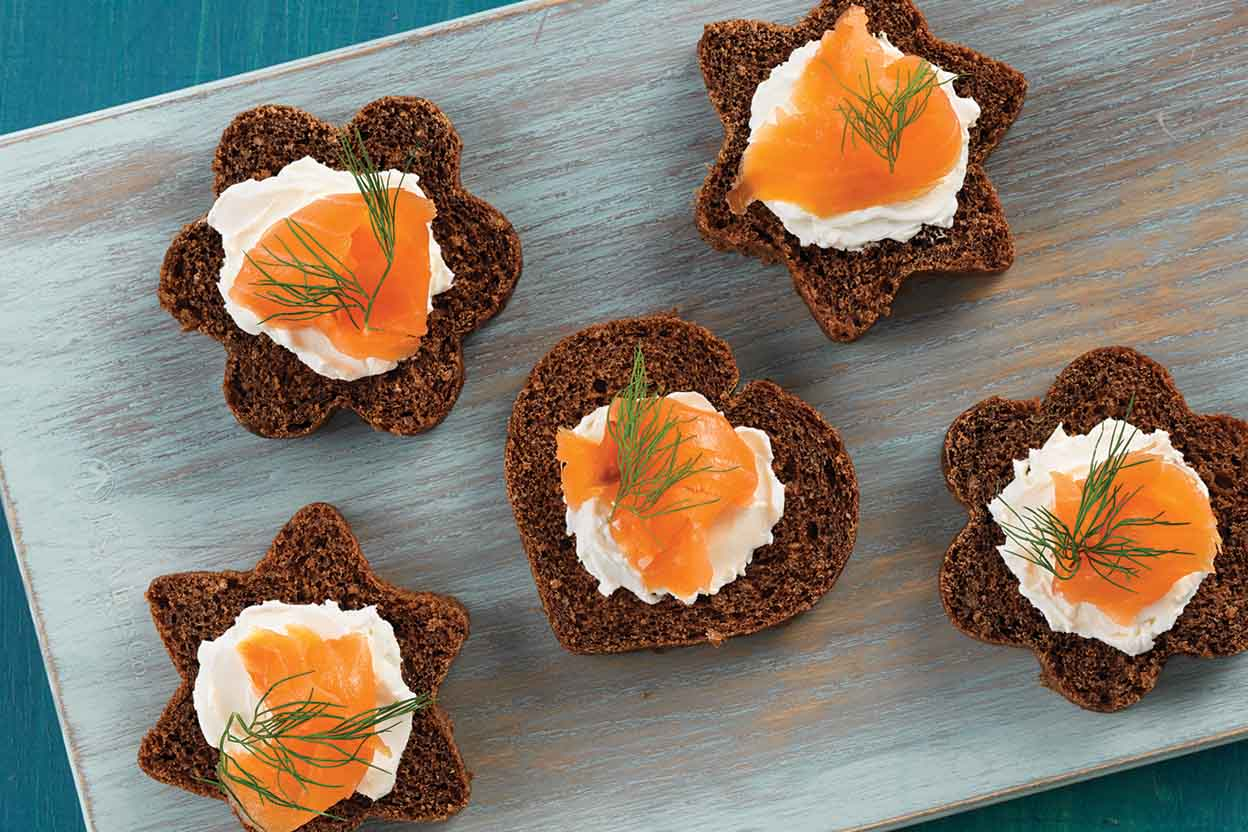 Canap pumpernickel bread recipe king arthur flour for Gluten free canape ideas