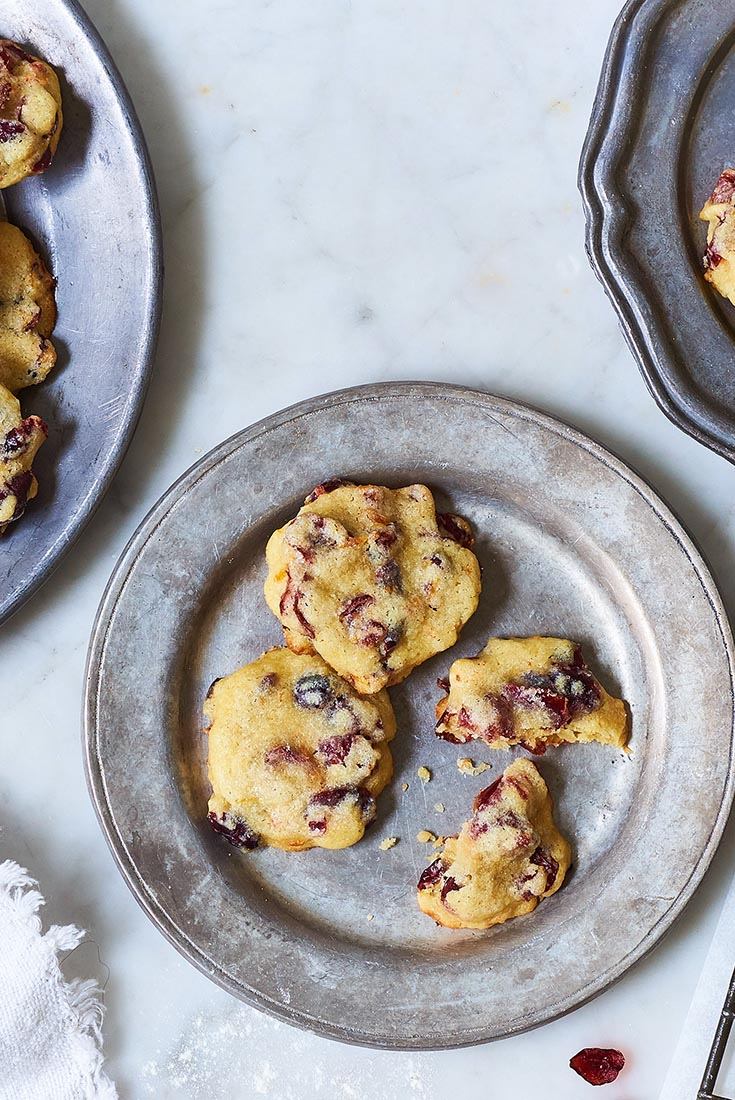 Soft and Chewy Vanilla-Orange Cranberry Cookies Recipe ...
