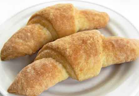 Flaky Buttery Crescent Rolls