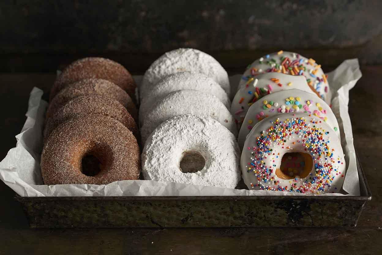 Quick easy baked doughnut recipe