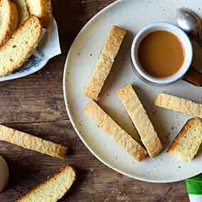 American-Style Vanilla Biscotti