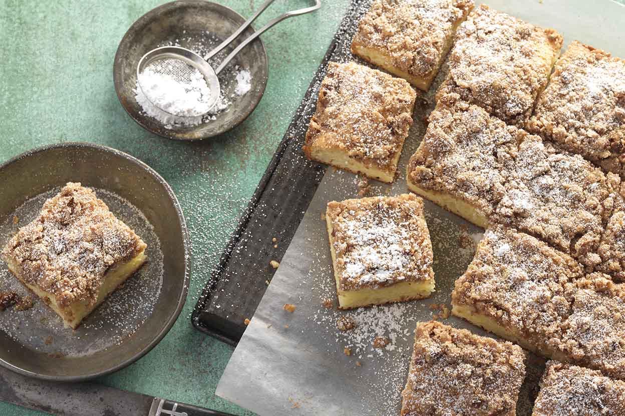 Gluten-Free Cinnamon-Streusel Sour Cream Coffeecake Recipe
