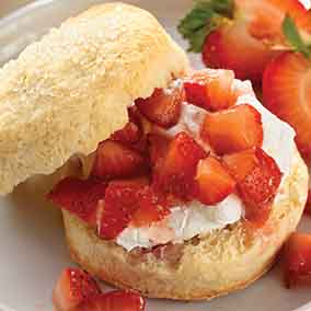 Self-Rising Cream Biscuits for Shortcake
