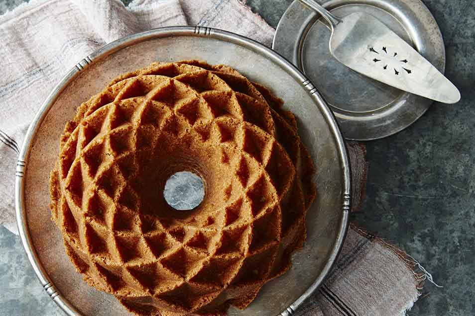 How To Keep Pound Cake From Sticking To Bundt Pan