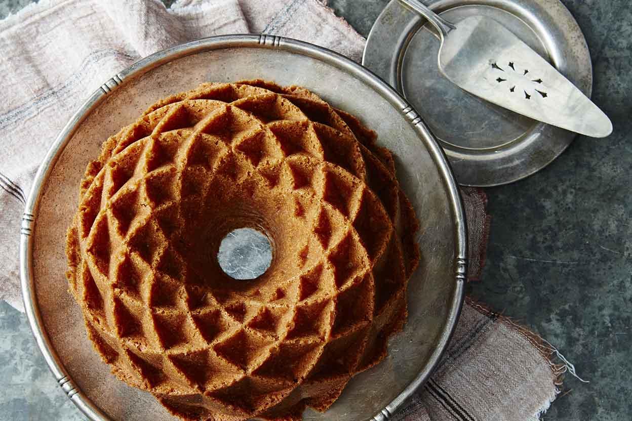 Brown Sugar Sour Cream Pound Cake Recipe King Arthur Flour