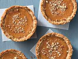 Pumpkin Praline Mini Pies
