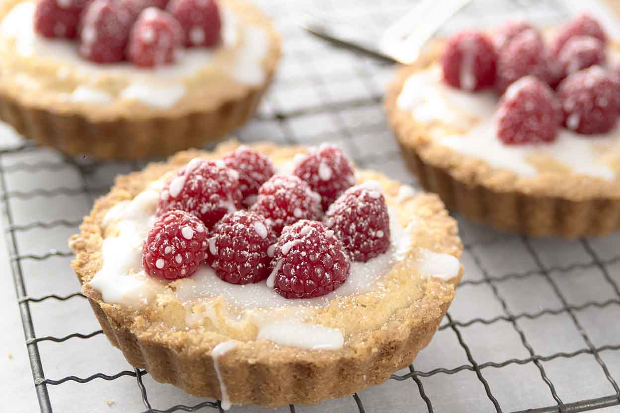 Almond Tarts Recipe | King Arthur Flour Almondy Taart