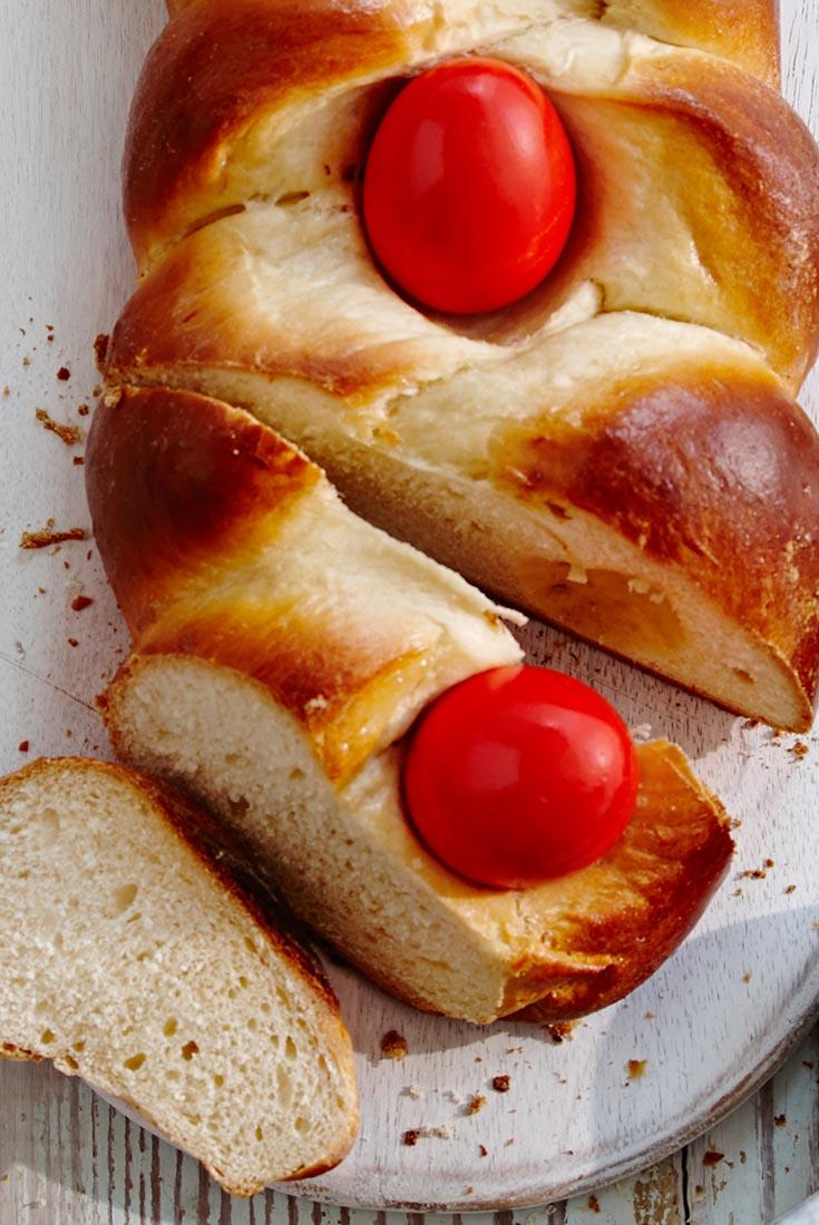 Greek Tsoureki Recipe