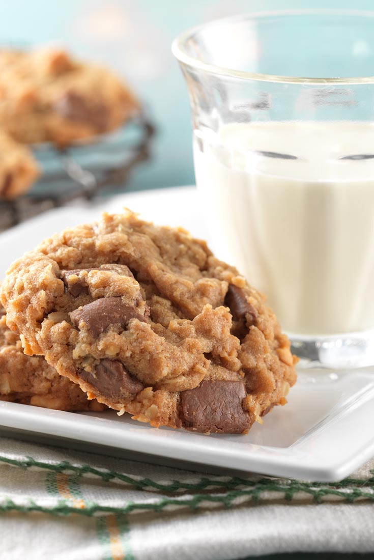 ... for the salty, chunky peanut butter in this chewy/crunchy cookie