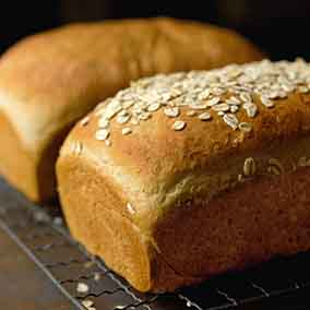 Vermont Whole Wheat Oatmeal Honey Bread