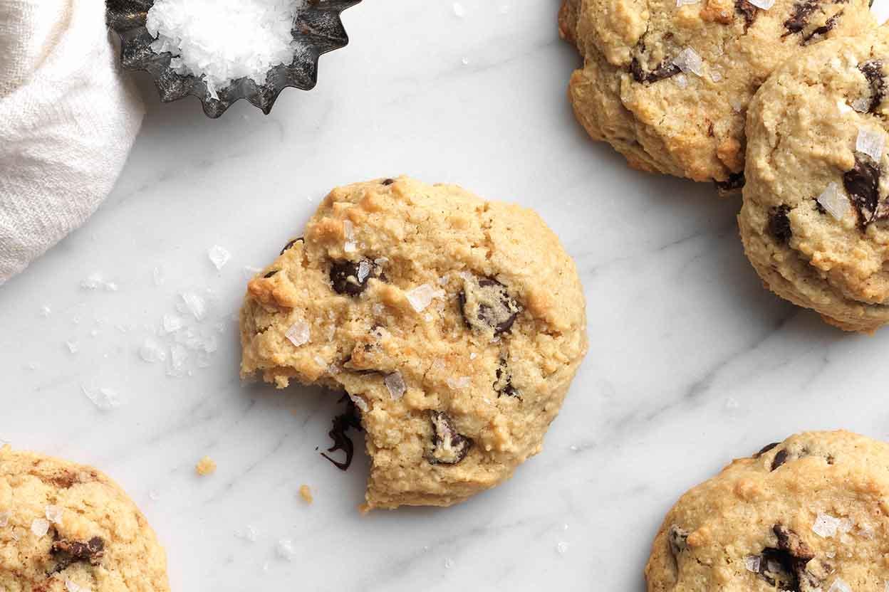 Gluten free almond flour chocolate chip cookies recipe king