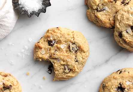 Gluten-Free Almond Flour Chocolate Chip Cookies