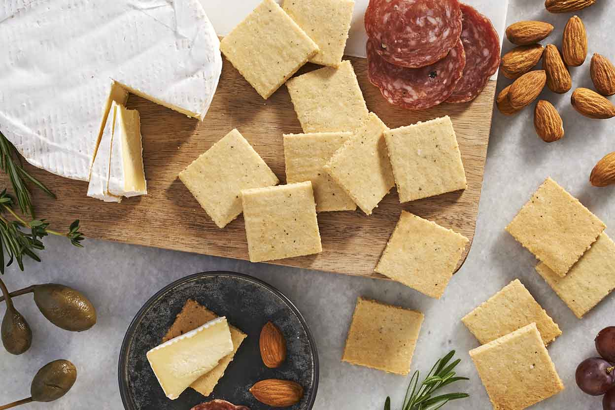 Low carb cracker recipe almond flour - Recette low carb ...