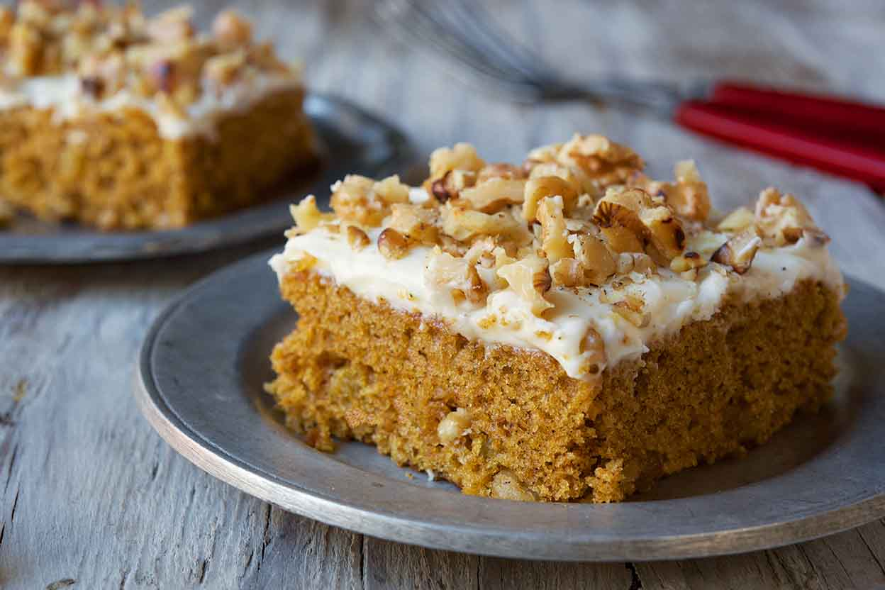 Nutty Carrot Cake Bars Recipes