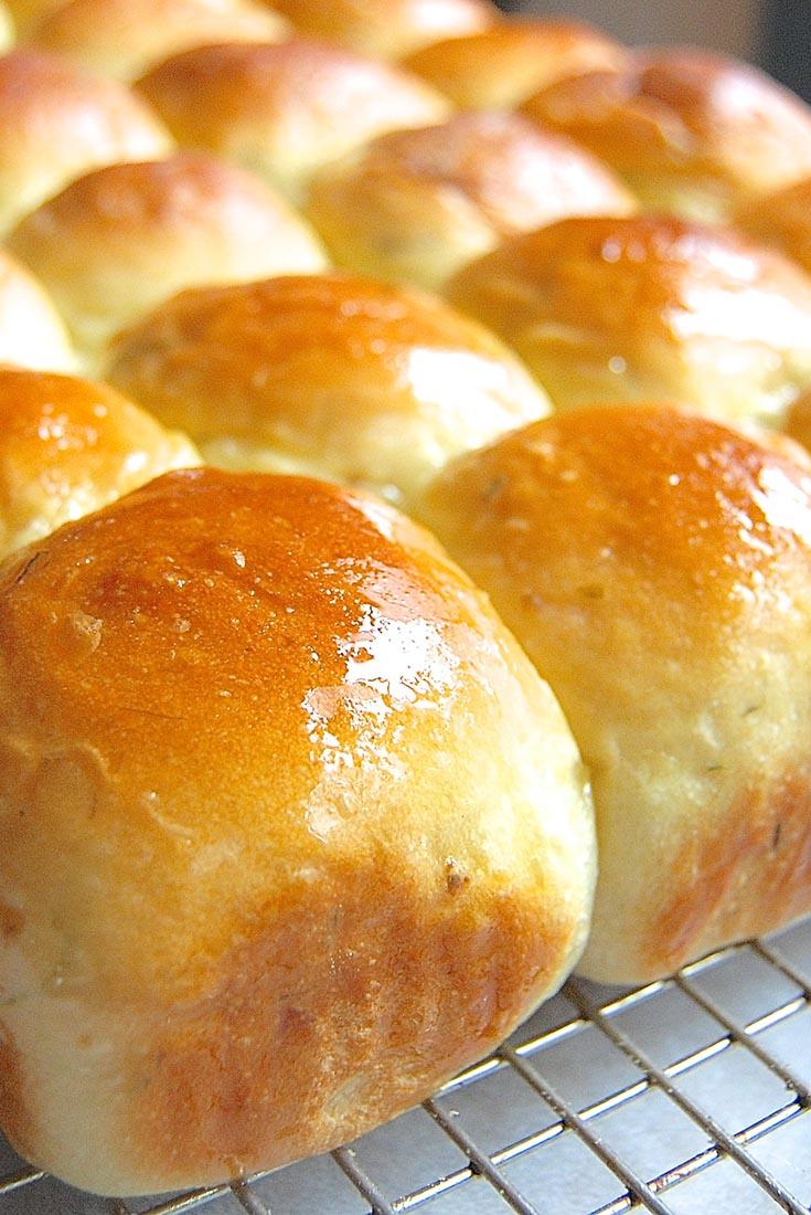 Sour Cream & Chive Potato Bread or Rolls Recipe