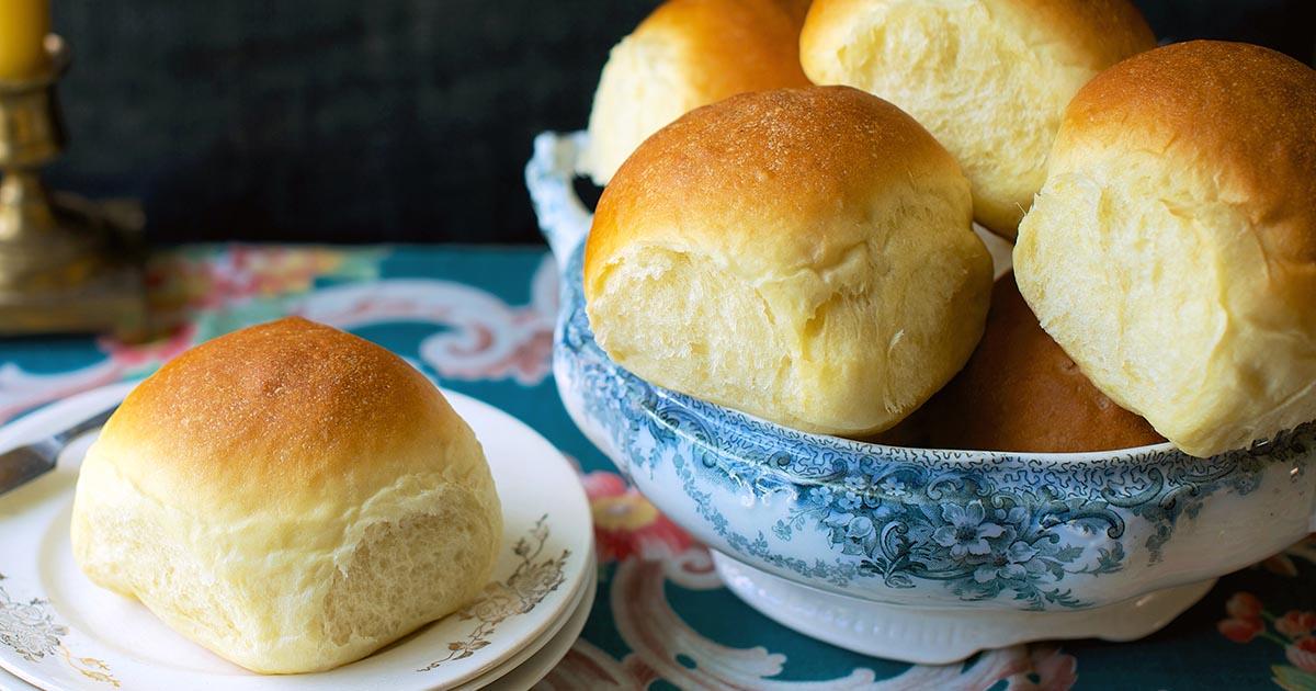 Amish Dinner Rolls Recipe