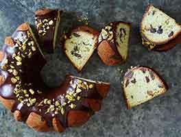 Pistachio Chocolate Chip Pound Cake