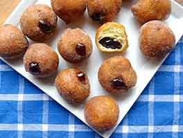 Chanukah Jelly Doughnuts (Sufganiyot)
