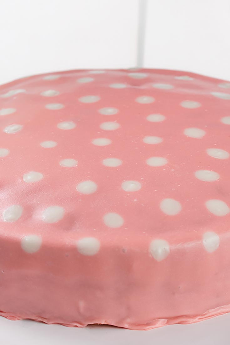 Poured Fondant Icing Recipe