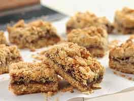 Gluten-Free Amaranth-Almond Bars