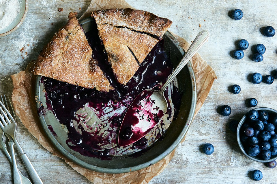 Pie with berries. Homemade Treats Recipe 18