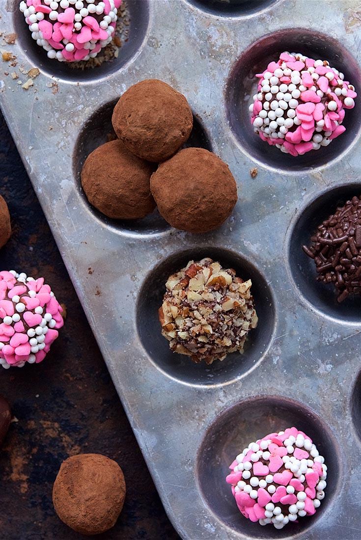 Deluxe Chocolate Truffles Recipe