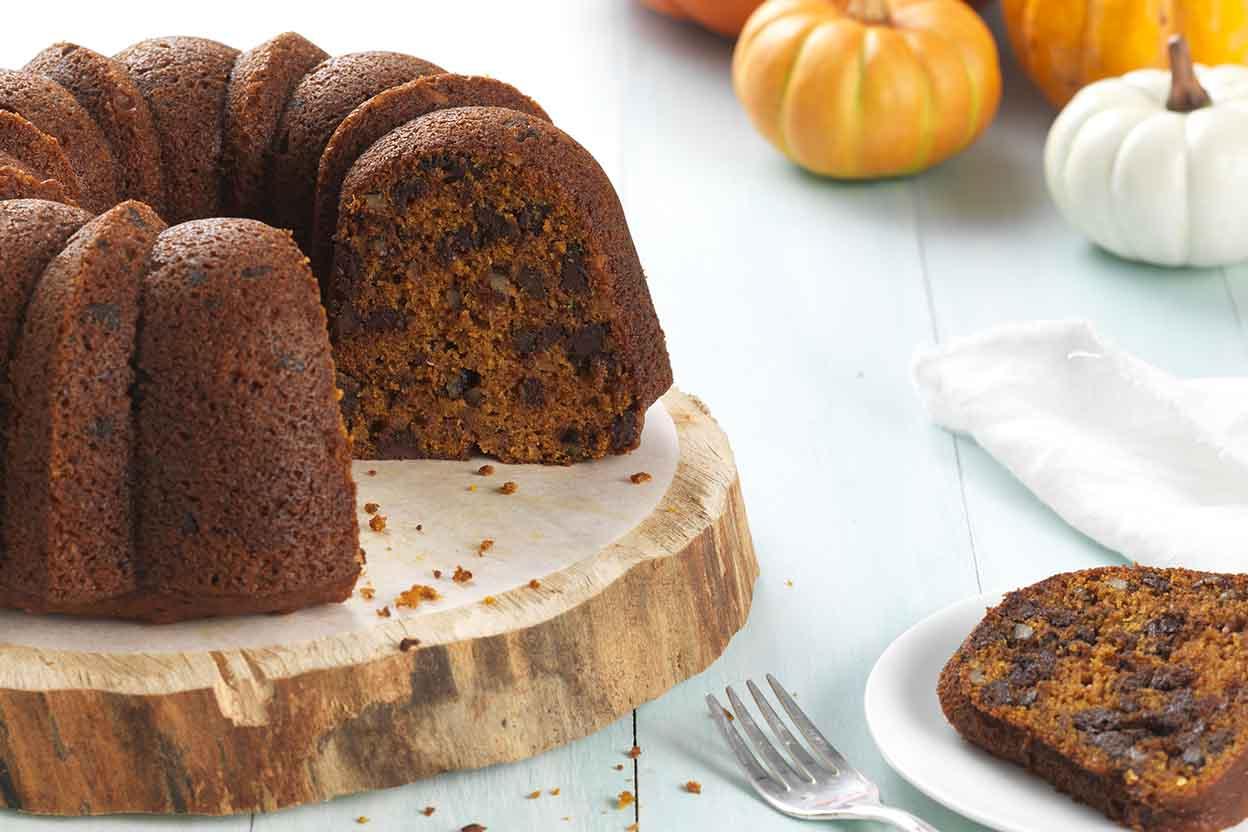 Pumpkin Chocolate Chip Cake Recipe King Arthur Flour