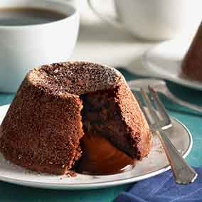 Chocolate Surprise Cakes