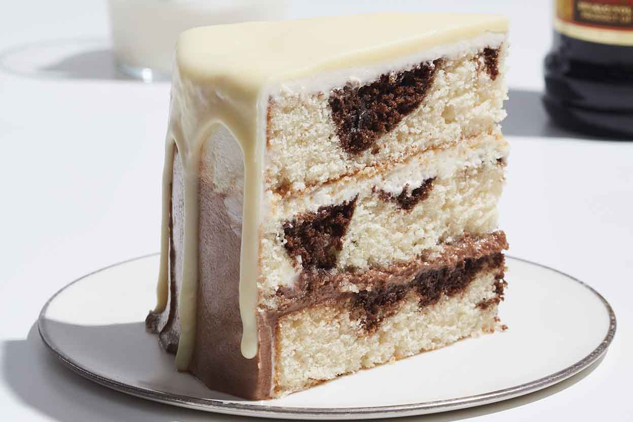Cake Recipes In Pictures: White Russian Cake Recipe