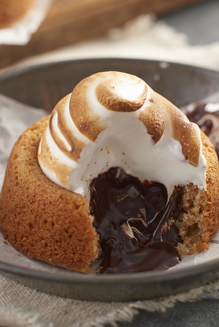 Mini S'Mores Cakes Recipe