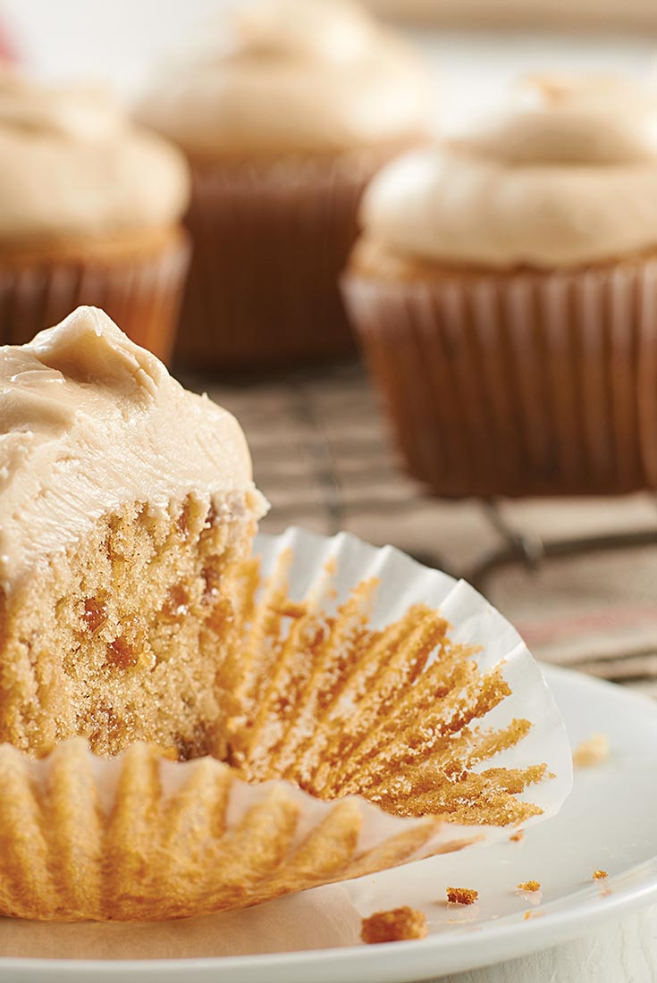 Apple Cinnamon Cupcakes with Cider Frosting Recipe