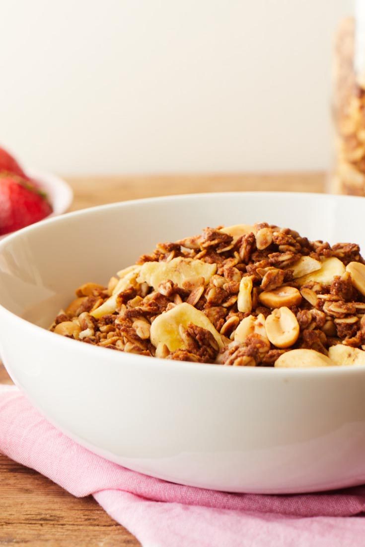 Peanut Butter and Banana Granola Recipe
