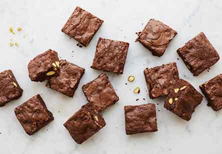Pistachio Teff Brownies