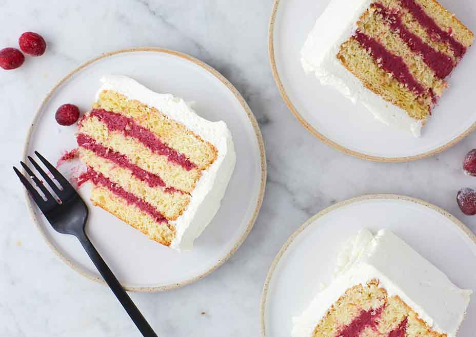 Sponge Cake with Cranberry Curd